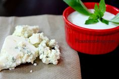 Соус из голубого плесневого сыра