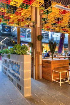 Guzman y Gomez Mexican Restaurant Decor, Outdoor Restaurant, Restaurant Interior Design, Cafe Interior, Pizzeria Design, Retail Facade, Open Ceiling, Hookah Lounge, Booth Seating
