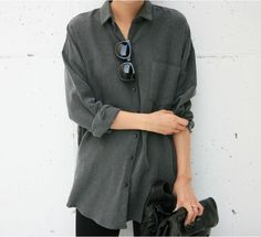 Easy and Minimal Styling in Grey | Street Style | Relaxed Button up | Neutrals | HarperandHarley