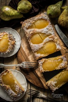 Bourdaloue tart: tart pear and almond cream Pear Recipes, Cake Recipes, Dessert Recipes, Healthy Recipes, Dessert Ideas, Just Desserts, Delicious Desserts, Yummy Food, Pear Cake