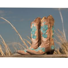 Another Corral turquoise boot on sale! Get it lasts!  Offer ends 9/19/14 or when we run out!