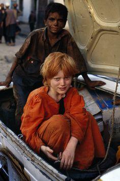 Mazar i Sharif, Afghanistan 2002 Steve McCurry