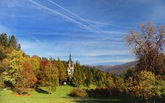 Castelul Peles Foto: Oana Dobrescu Mountains, Nature, Travel, Naturaleza, Viajes, Destinations, Traveling, Trips, Nature Illustration