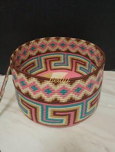 Crochet Tote, Crochet Purses, Hand Crochet, Knit Crochet, Tapestry Bag, Tapestry Crochet, Crochet Stitches Patterns, Stitch Patterns, Boho Bags