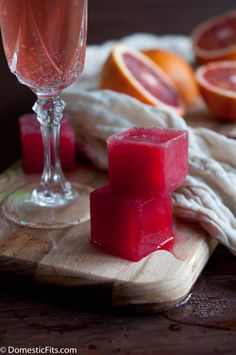 Blood Orange Mimossa a.k.a. bleeding Mimosa: Champagne and Blood Orange Ice Cubes