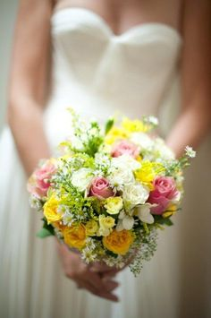 yellow and pink bouquet Yellow Bouquets, White Wedding Bouquets, Pink Bouquet, Flower Bouquet Wedding, Bridal Bouquets, Wedding Dresses, Wedding Ring For Him, Our Wedding, Summer Wedding