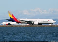 Asiana Airlines, Boeing 777-28E/ER at SFO