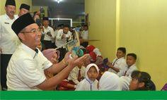 Musi Rawas (angkaza.com) : Dalam rangka meningkatkan kreatifitas dan kesadaran anak anak dalam mengelola dan pemanfaatan limbah, BLHD Kabupaten Musi Rawas adakan lomba Lukis dan Lomba daur u…
