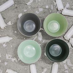 Kerzenglasset in verschiedenen Grüntönen aus Porzellan von formstil.ch Tableware, Candles, Dekoration, Dinnerware, Tablewares, Dishes, Place Settings