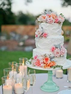 Peach, apricot, pink, coral toned wedding cake