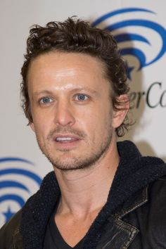David Lyons. Mmm I love Revolution. And thank you for making him scruffy in the 2nd season. YAY!