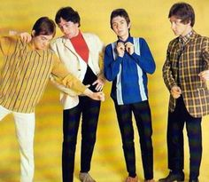 9th Aug 1967, The Small Faces entered the singles chart with 'Itchycoo Park', the single peaked at No.3 in the UK chart. The song was one of the first pop singles to use flanging, an effect that can be heard in the bridge section after each chorus. Most sources credit the use of the effect to Olympic Studios engineer George Chkiantz who showed it to the Small Faces regular engineer Glyn Johns. More on the Small Faces: http://www.thisdayinmusic.com/pages/ogdens