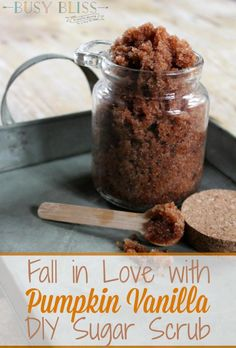 If you're looking for easy homemade gift ideas, Pumpkin Vanilla DIY sugar scrub is it! Made with vanilla, coconut oil, and pumpkin spice, it is a great way to treat those on your Christmas list to a spa experience without the spa price. Body Scrub Recipe, Sugar Scrub Recipe, Diy Body Scrub, Sugar Scrub Diy, Diy Scrub, Body Scrub Homemade, Bath Scrub, Homemade Moisturizer, Bath Soak