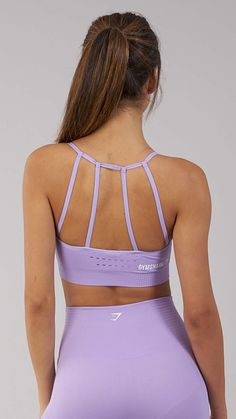 The cutest sports bra. Combining beautiful design with our innovative Seamless technology, the Energy Seamless Sports Bra features ribbed and lace detailing woven into luxuriously soft fabric, with removable pads for customisable support and a stunning waterfall strap design. Coming soon in Pastel Lilac.