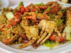 Thai Crab Recipe, Fried Crabs Recipe, Garlic Crab Recipe, Crab Legs Recipe, Shellfish Recipes, Crab Recipes, Asian Recipes, Dinner Recipes, Asian Foods