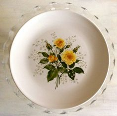 Love the yellow roses on this vintage china pattern! - Southern Vintage Table