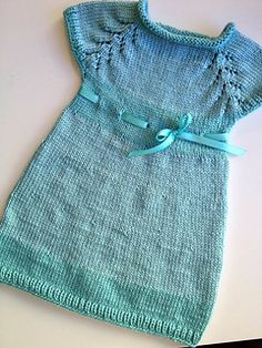 2 color of acrylic yarn: light-turquoise and dark-turquoise