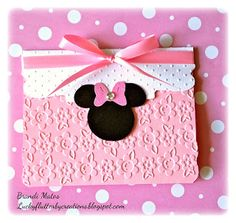Lucky Flutterby Creations: Handmade Minnie Mouse Invitations!