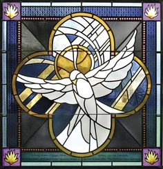 Contemporary stained glass is often less painted, using larger bold-colored glass and is more abstract in design. Medieval Stained Glass, Modern Stained Glass, Stained Glass Church, Stained Glass Angel, Stained Glass Birds, Stained Glass Patterns, Sea Glass Mosaic, Sea Glass Art, Stained Glass Tattoo