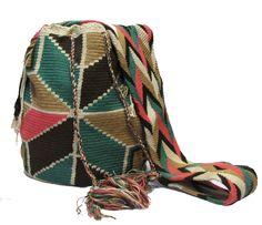 www.mochilaswayuubags.com whatsapp +57 320 345 9226 #wayuu #crochet #handmade #crochet #boho #bohostyle #bohochic #hippie #cartagena Tribal Bags, Boho Fashion, Boho Chic, Blanket, Crochet, Handmade, Cartagena, Crochet Hooks, Hand Made
