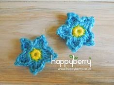 Happy Berry Crochet: Forget-Me-Not Yarn Scrap Fridays - Forget-me-not Flower