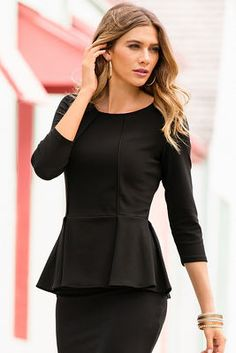 Travel three-quarter sleeve peplum top