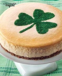 Patrick's Day with a Bit-of-Irish Cheesecake! A nip of Irish cream liqueur and pecan crust make this Bit-of-Irish Cheesecake a crowd-pleaser. Kraft Recipes, Kraft Foods, Cupcakes, Cupcake Cakes, Cheesecakes, Cheesecake Recipes, Dessert Recipes, Irish Recipes, Irish Cream