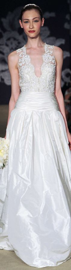Carolina Herrera Collection Spring 2015   #weddingdress #carolinaherrera