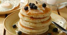 Pratik çay saati ve pratik kahvaltılık tariflerinden kolay pankek (pancake) tarifi ile karşınızdayız. Şimdiden ellerinize sağlık. Donuts, Crepes, Pancakes, Gluten Free, Cooking, Breakfast, Easy, Food, Dinners