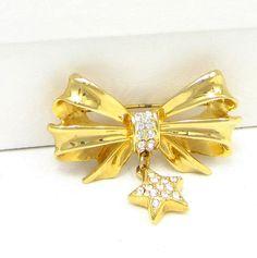JJ Gold Tone Christmas Bow Pin Star Dangle by TreasureTrovebyTish