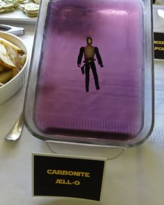 Star Wars Party Food: Hans Solo in Carbonite Jell-o, Lightsaber Hotdogs, Yoda Soda, Princess Leia Cupcakes, 'Han' burgers...
