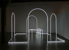 Massimo Uberti, Senza fine, 2006, neon and cables of nylon, 300 x 500 x 500 cm