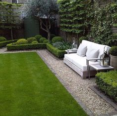 topiary and clipped Buxus boxwood low hedges around lawn perfect contemporary formal garden with seating area designed by Louise del Balzo Garden Design by lorie Boxwood Garden, Garden Shrubs, Lawn And Garden, Garden Beds, Brick Garden, Brick Fence, Garden Benches, Garden Edging, Formal Garden Design