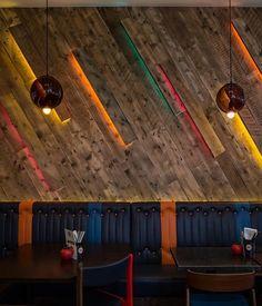 Love the clad walls with lighting Gourmet Burger Kitchen Bristol (Bristol), Decorative lighting Restaurant Design, Restaurant Bar, Restaurant Lighting, Bar Lighting, Restaurant Interiors, Design Studio, Cafe Design, Küchen Design, Bar Design Awards