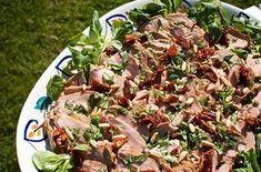 Dubbelmarinerad kall fläskfilé Pork Recipes, Lchf, Japchae, Potato Salad, Good Food, Brunch, Food And Drink, Meat, Vegetables