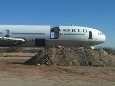 World Airways DC-10 undergoing scrapping