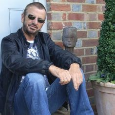 Beatles News Insider: Confirmed! Ringo Starr and All-Starr Band to tour ...