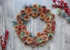 DIY Woodland Pinecone Wreath Tutorial