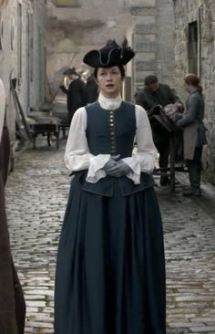 "Outlander Costume Recap: Season Episode 4 - ""Of Lost Things"" 18th Century Dress, 18th Century Costume, 18th Century Clothing, 18th Century Fashion, Outlander Clothing, Outlander Costumes, 1960s Costumes, Period Costumes, Historical Costume"