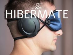 Sleeping can sometimes be a task, especially in crowded environments. The Hibermate wants to help you, both by covering your eyes and ears and enveloping you in a quiet cocoon,… perfect for travel