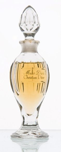 """Miss Dior"" by Christian Dior Perfume Bottle  c. 1947–1950  Baccarat  Gift of Annette Green Museum at the Fragrance Foundation  F2005.860.747"