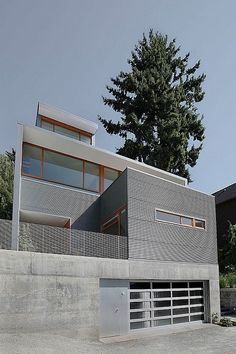 外壁候補:ガルバニウム 白と木の割合、角処理の仕方