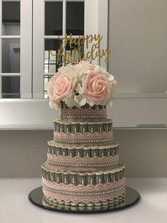 pierrepitrex - 0 results for money bouquet Money Birthday Cake, Money Cake, 21st Birthday, Birthday Gifts, Geek Birthday, Birthday Cakes, Birthday Ideas, Dollar Money, 100 Dollar