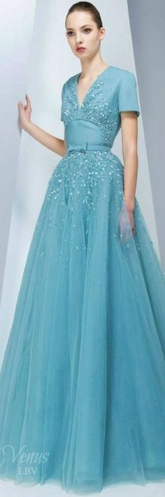 Georges Hobeika Fall 2015 Fashion and Designer StyleRTW Georges Hobeika, Beautiful Gowns, Beautiful Outfits, Chic Dress, Dress Up, Couture Fashion, Runway Fashion, Blue Dresses, Prom Dresses