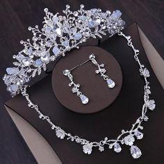 Jewelry Tags, Bridal Jewelry Sets, Pandora Jewelry, Wedding Accessories, Silver Wedding Crowns, Silver Tiara, Crystal Wedding, Princess Cut Diamond Earrings, Crystal Beads