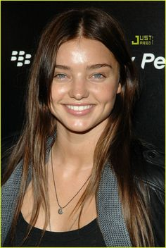 Miranda Kerr with no makeup on