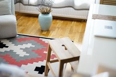 Dare to Rug <Mellow> from the 'Romanian Moods' Collection. Hand-tufted with the best New Zealand wool. Dares, Kids Rugs, Wool, Interior Design, Inspiration, Collection, Home Decor, Nest Design, Biblical Inspiration