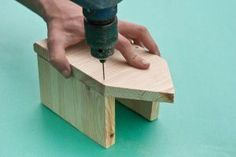 Fastening the second side of the bird house Bird House Plans Free, Bird House Kits, Wooden Bird Houses, Bird Houses Diy, Building Bird Houses, Building A House, Homemade Bird Houses, How To Build Abs, Home Building Tips