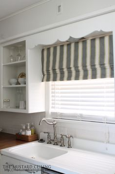 23 Ideas kitchen window over sink diy roman shades for 2020 White Cabinets, Kitchen Window, Diy Curtains, Kitchen Window Treatments, Roman Blinds Diy, Kitchen Sink Window, Kitchen Window Valances, Diy Window, Diy Countertops