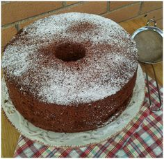 Cooking with Julia : Chiffon cake al cioccolato e rum #iomangiolafluffosa